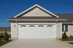 4283 ranch style garage door with windows